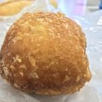 粉とクリーム - 充実のカレーパソ         自宅にて