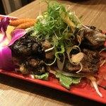 バル 肉屋のYOSHIDA - 鶏の炭火炙り焼き