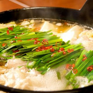 絶品あご出汁もつ鍋飲み放題コースは3500円!