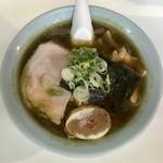 王将ラーメン - 料理写真:醤油ラーメン580円、激辛プラス100円です。