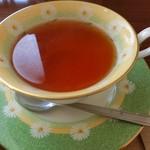 コロニー - +200円で紅茶付き