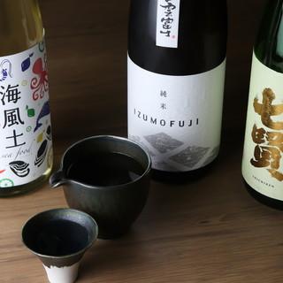 日本酒常時18種類!季節毎に蕎麦との相性を愉しむ
