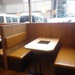 しゃぶしゃぶ温野菜 - 4名用テーブル席