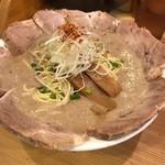 麺屋 極鶏 - 鶏だく 大盛 チャーシュー増し @1050-