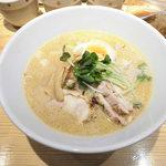 麺屋 龍 - 鶏豚濃厚麺