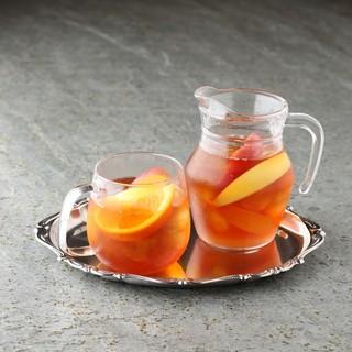 新鮮な紅茶とハーブティー