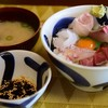 小安丸 - 料理写真:よくばり丼