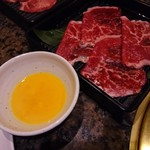 焼にく 和牛食堂 - 「常陸牛食べ放題」プランの初回盛り合わせ