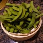 焼にく 和牛食堂 - 炙り枝豆(1皿でこの量)