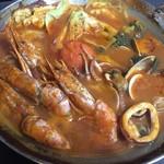 ワイン&キッチンHACHI - HACHI特製海鮮洋風鍋