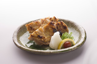 西麻布 博多もつ衛門 - 宮崎の地鶏【日向鶏の塩焼き】!