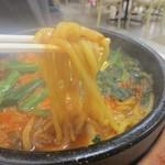 石焼ビビンパ - 太麺使用