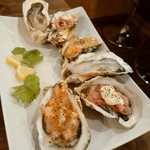 SHUCKER'S - 生牡蠣、生牡蠣のサルサソースのせ、生牡蠣の生ハムのせ
