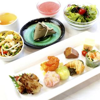 洋食・中華が選べる!バリエーション豊かなランチタイム♪