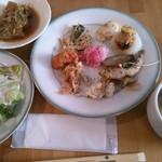 77194521 - 17/11 野菜料理食べ放題:380円(税別)