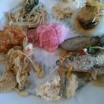 77194527 - 17/11 野菜料理食べ放題:380円(税別)