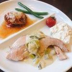 赤坂見附バール・デルソーレ - 肉と魚のWメイン定食 @1,000円 魚メイン+肉ハーフで。逆もできます。