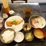 ebisunokakuregasakanayakorosuke - 真サバの味噌焼とお刺身ランチ1,000円