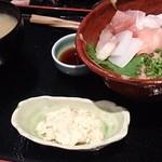旬彩料理 てん - ネギトロ海鮮丼1,000円