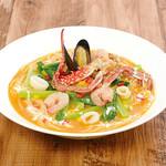 オマール海老香る 漁師風トマトクリームスープ