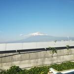 77204810 - 初めて富士山が見えました