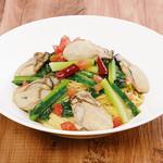 瀬戸内牡蠣と江戸菜のペペロンチーノ