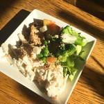 ぷらっトリア - サラダはサラダバー