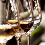ジ・メルカート -  料理に合うワインをご提案♪  料理を引き立てるワイン、ワインを引き立てる料理。そのどちらも叶える提案ができるように、イタリア産ワインを中心として、各種ワインを取り揃えました。ぜひお気軽にお声かけください。