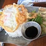 渋谷タイ料理ダオタイヤムヤム アジアンテーブルウダガワ -