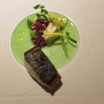 eclat - 前菜 :  萩 直送のサワラ、すだちソース