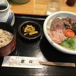 手造りうどん 楽々 - 肉ぶっかけ定食冷(1,280円)