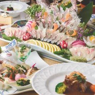 旬食材・伝統的な日本料理をベースにご用意