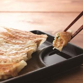 【食べていただきたい】ジューシーな◆なにわ餃子◆