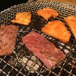 炭火焼肉 銘特屋 - 焼き焼き
