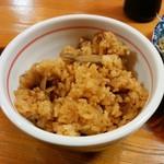 かつ義 - 「定食」の炊き込みご飯