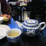 シンガポール シーフードリパブリック - 茶器もシンガポール