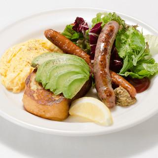 Avocado&Sausageアボカド&ソーセージ
