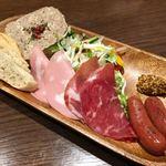 肉屋の肉バル TAJIMAYA - シャルキュトリー盛り合わせ