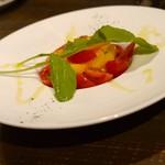 ダイニング SILVA - 自家製ブラッティーナとフルーツトマト