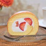 石かわ珈琲 - イチゴのロールケーキ