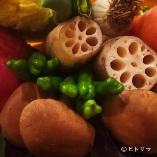 築地市場やJA直売所から仕入れる新鮮な国産野菜