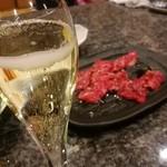 仙台牛焼肉 バリバリ - サービスのスパークリングワイン