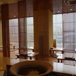 酒彩蕎麦 初代 - 洗練された雰囲気の客席