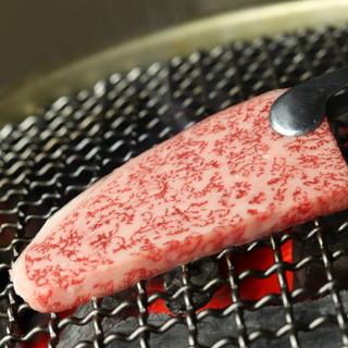 使用する牛肉はA5ランクの仙台牛!珠玉の味をご賞味あれ