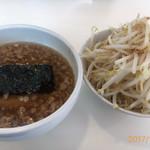 ラーメン つけ麺 天高く翔べ! - 料理写真:野菜マシ、脂マシマシ