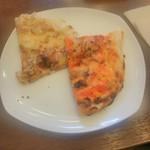 マハラジャスパイス - ベーコンチーズナンとチーズトマトナン
