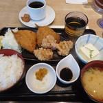 魚盛 - 鯵フライと唐揚げ御膳¥780-