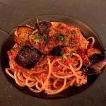 MADUREZ - 揚げナスと豚挽き肉のアラビアータ