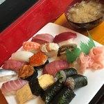 助六寿司 - 上寿司&お椀