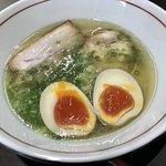 中華そば まる乃 - スッキリですが、無化調らしい後味の良いスープ♪